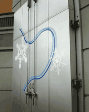 ステッカー作成 カッティングステッカー貼付例 雪冷房ドア施工例